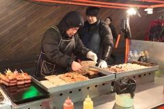 Vendeur de saucisses a Myeongdong
